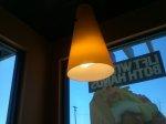 lampa wisząca w sklepie